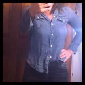 American eagle denim boyfriend shirt. Size s